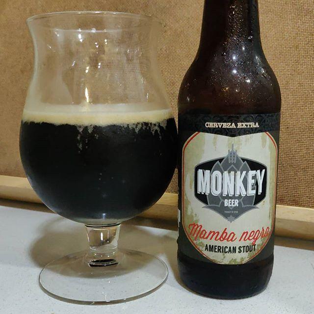 Cerveza Mamba Negra de Monkey Beer