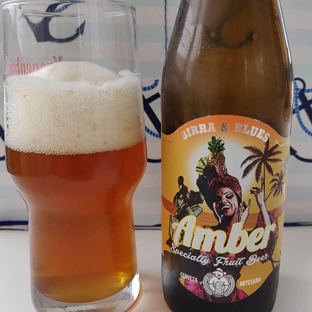 Cerveza Amber Specially Fruit Beer de Birra & Blues.
