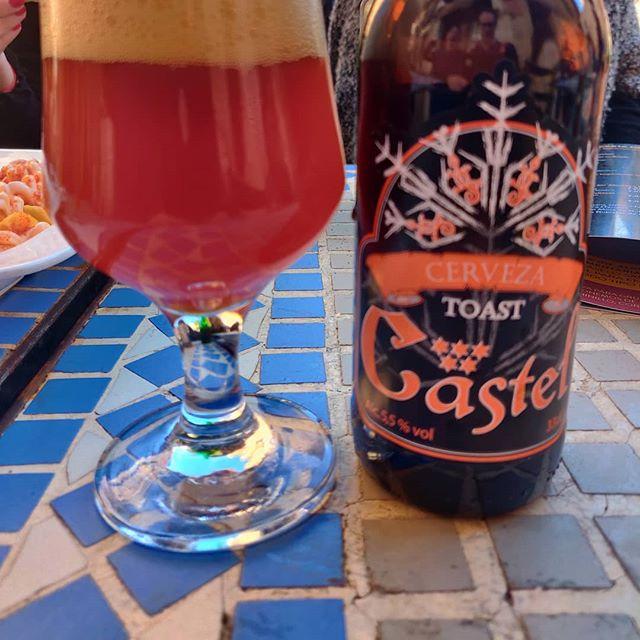 Cerveza Castel Toast