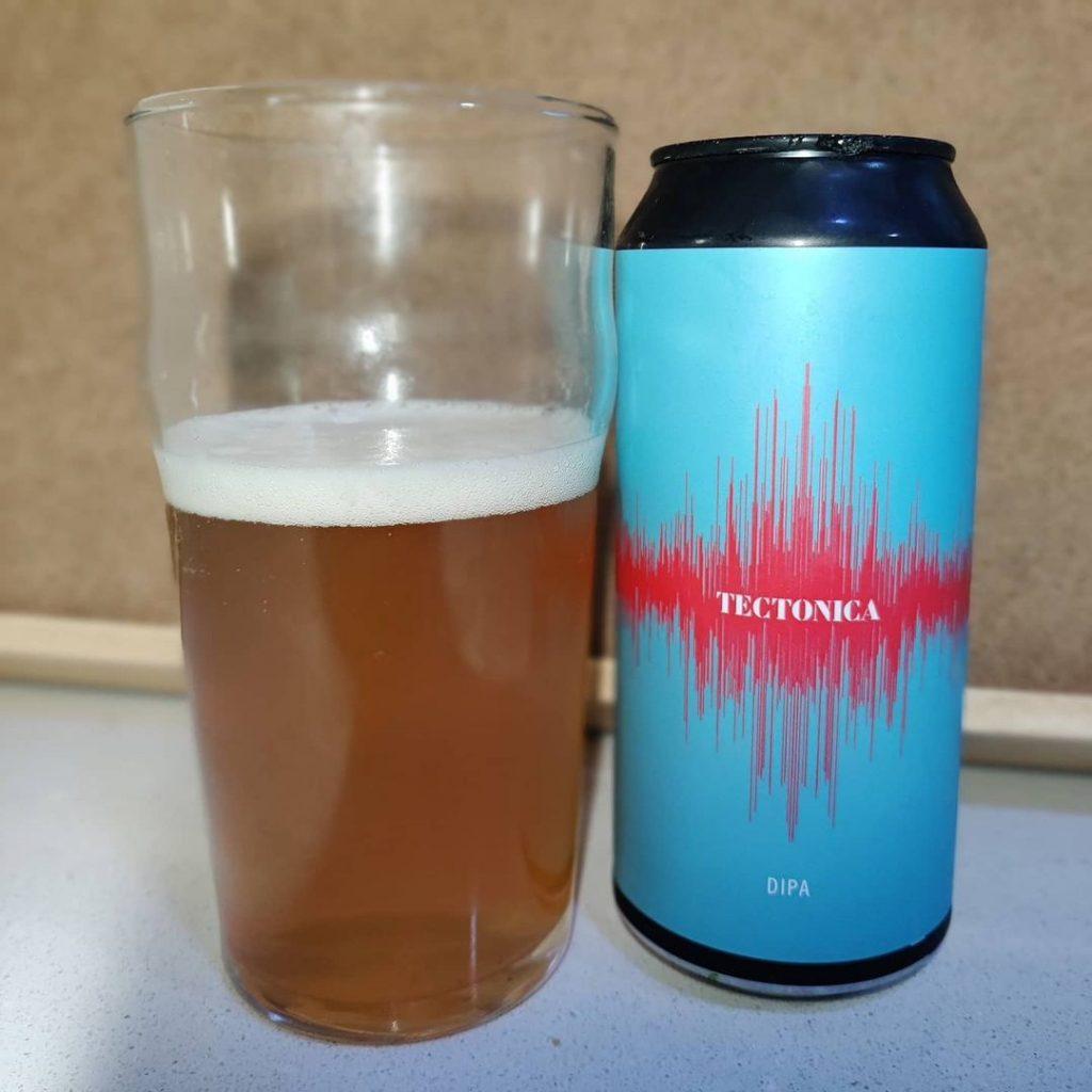 Cerveza Tectónica de Maresme Brewery