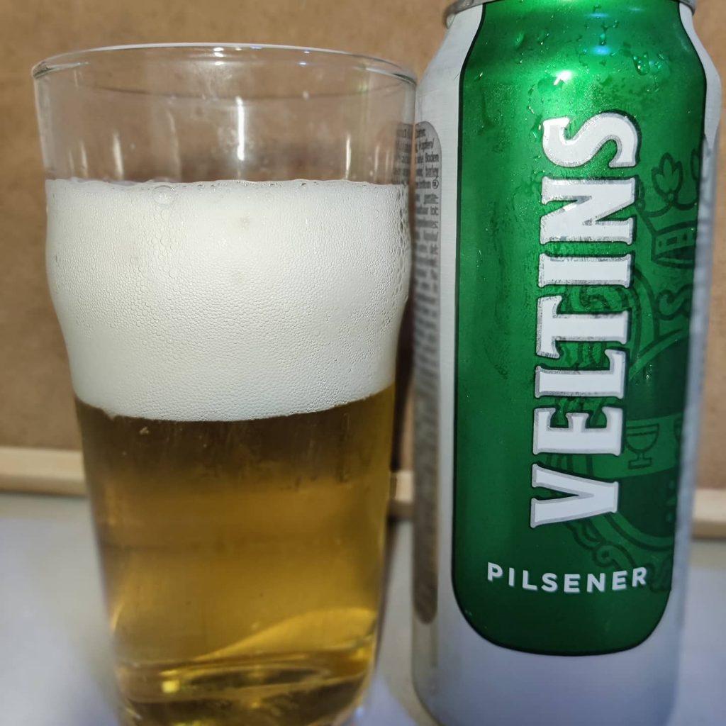 Cerveza Veltins Pilsener.