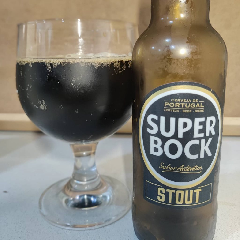Cerveza Super Bock Stout 1